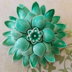 Vintage Enamel Mum Flower Brooch Pin